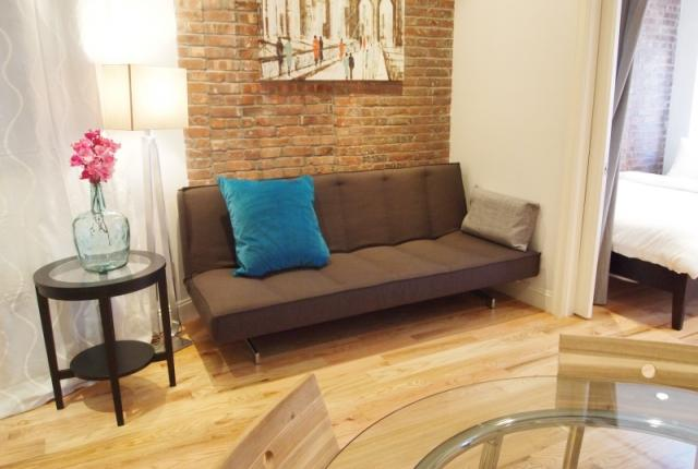 Soho 3BR/2BA - Amazing neighborhood.  Everything is just outside your door! photo 53579